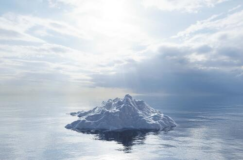 melting-iceberg-on-the-ocean-global-warming-and-cl-HVCTKXH-1
